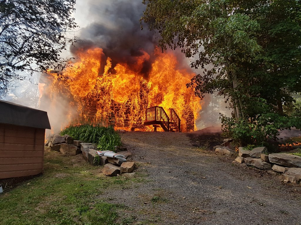 Cottage Fire Gravenhurst July 10